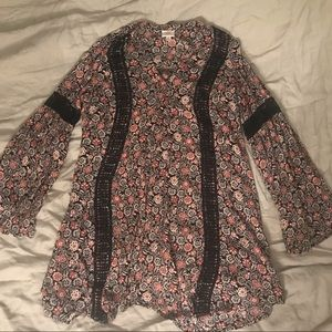 Knox Rose Floral Bell Sleeve Dress